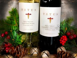 Titus Holiday Duo